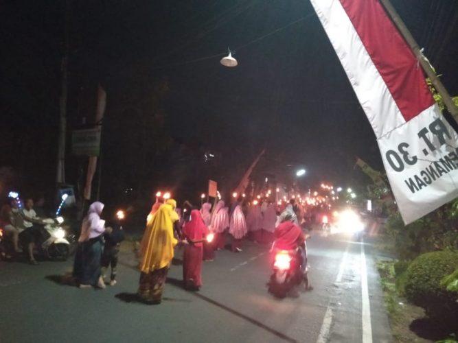 Malam Idul Qurban 1440H Warga Kuncen   kota Madiun Giat Takbir jalan kaki keliling Kelurahan Kuncen