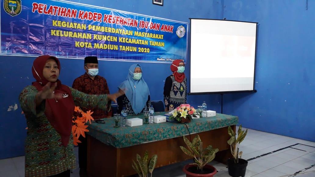 Pelatihan Kader Kesehatan Ibu dan Anak Kelurahan Kuncen