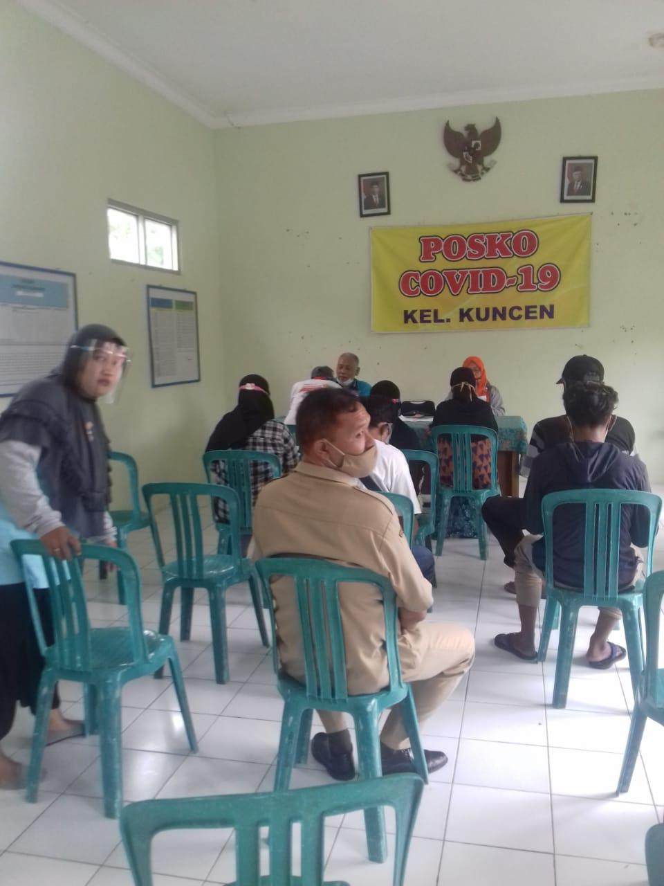 Penyaluran BST Tahap 9 kelurahan Kuncen berjalan Lancar tgl 7 Des 2020
